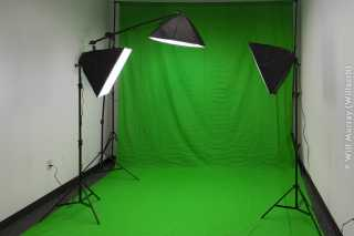 Green_Screen_and_Lightboxes_-_DSC5150.jpg