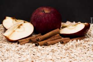 Still_Life_Apples_Cinnamon_and_Oats_-_DSC4306.jpg
